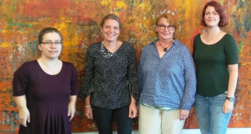 v.l.n.r.: Birthe Hucke (DVE), Simone Maier-Hahnemann Beatrix Evers-Grewe (beide DMtG), Mareike Schültje (WFKT) bei der Anhörung zur Personalleitlinie im g-BA
